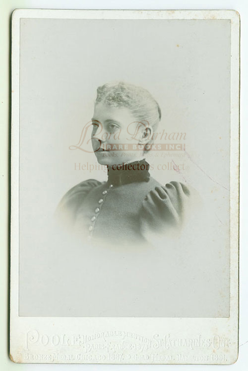Vintage Photograph Of a Pretty Young Woman Poole photo studio of St. Catharines, Ontario. Ontario POOLE photo studio of St. Catharines, Canada..