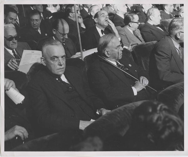 B&W Photo William Lyon Mackenzie King at the UN in San Fransico 1945. William Lyon MacKenzie KING.