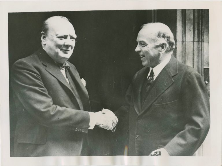 William Lyon MacKenzie King with Winston Churchill press photograph. William Lyon MacKenzie KING, Winston Spencer CHURCHILL.