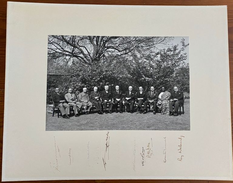 The 1960 Commonwealth Prime Ministers' Conference signed group photo of all 11 attendees. John George DIEFENBAKER.