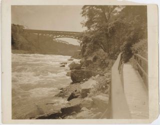 Five Niagara Falls photos, all signed and or inscribed by Jennings on reverse.