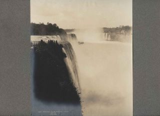 Niagara, from Prospect Point B&W photo 1895 by Notman. William McFarlane NOTMAN.